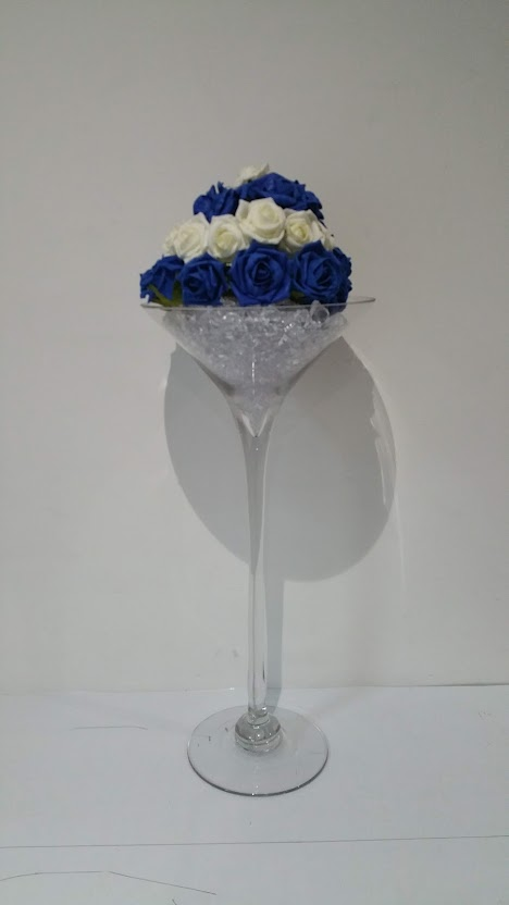 Centre Pieces - Large Martini Vase
