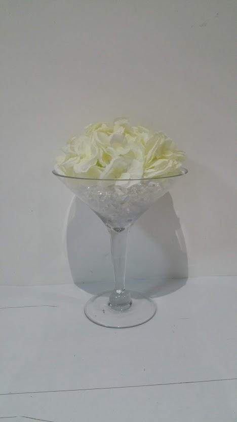 Centre Pieces - Small Martini Vase