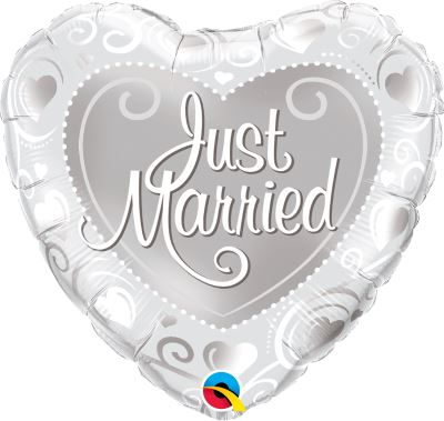 """18"""" Just Married Hearts Silver Foil"""